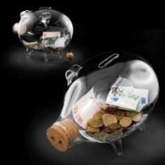 gl sernes sparschwein als originelle geschenkidee bei givester. Black Bedroom Furniture Sets. Home Design Ideas