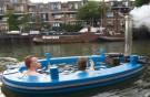HotTug - das schwimmende Whirlpool Boot