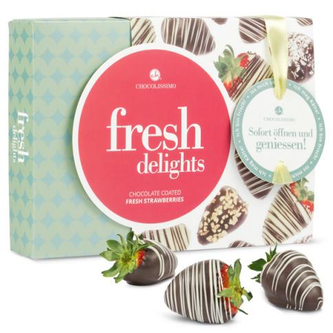 sommerfrische erdbeeren in schokolade als geschenk bei. Black Bedroom Furniture Sets. Home Design Ideas