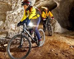 Biken im Bergwerkstollen bei Klagenfurt