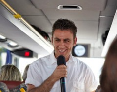 Comedy Sightseeing-Bustour für 2 Personen