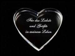 graviertes Herz aus Glas