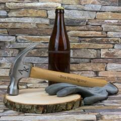 Hammer mit Initialien und Wunschtext