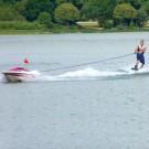 Vom Fahrer kontrolliertes Wakeboardboot
